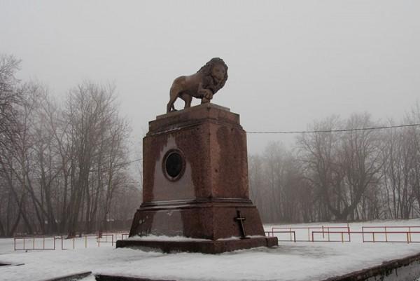 Памятники Кингисеппа