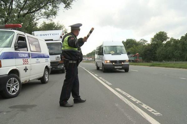 В Кингисеппе ловят нелегальных перевозчиков